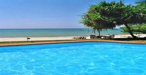 Mbweni pool, high tide_jpg
